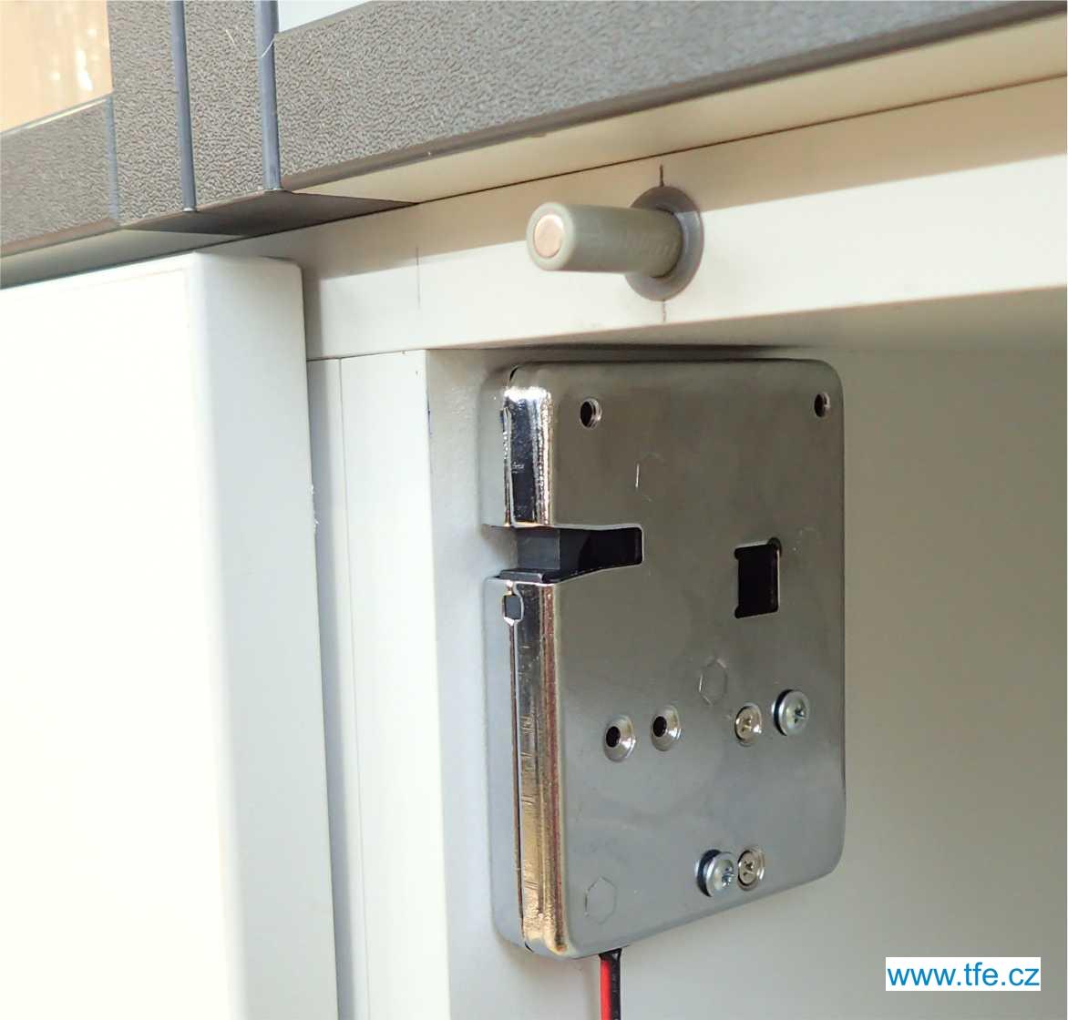 Skříňkový - šuplíkový elektrický zámek LCK12S8