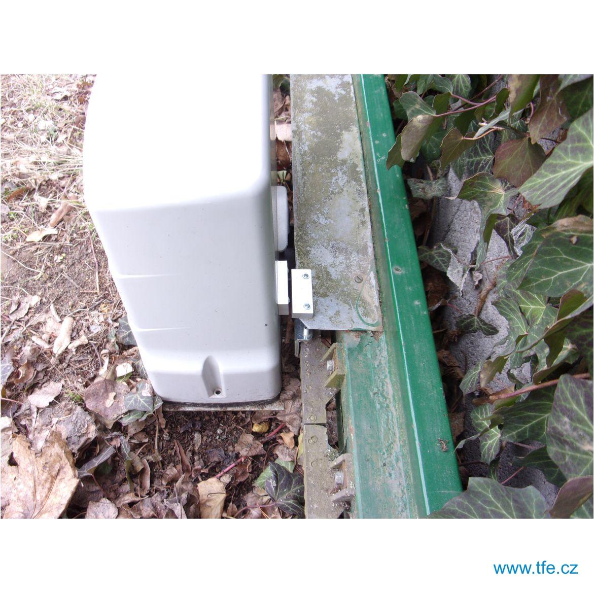 GSM klíč / GSM relé s alarmem iQGSM-R2